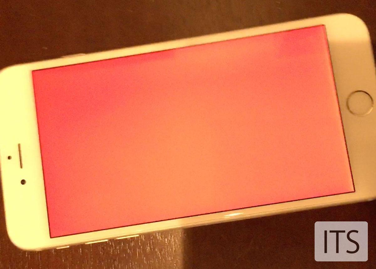 iPhone 6 Plus 赤色の画面