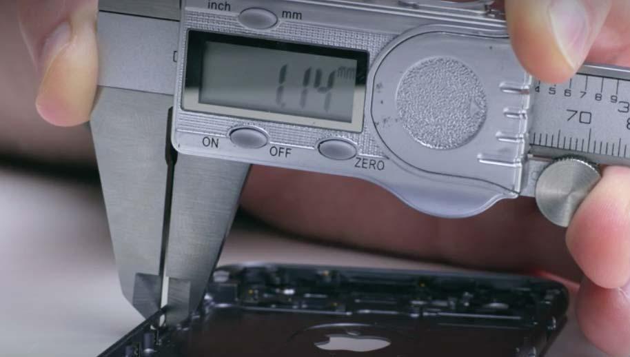 iPhone 6のリアケースの厚み