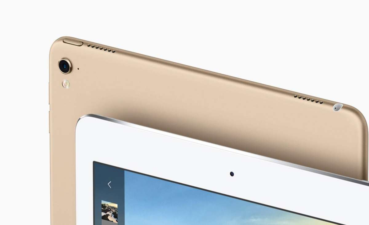 iPad Pro カメラレンズ