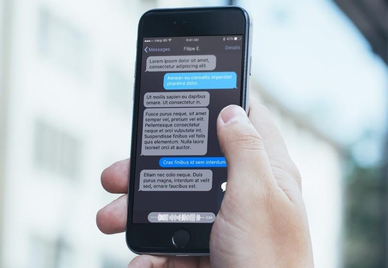 メッセージアプリ ダークモード