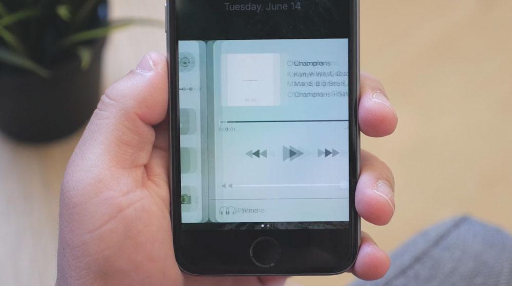 音楽アプリ iOS10