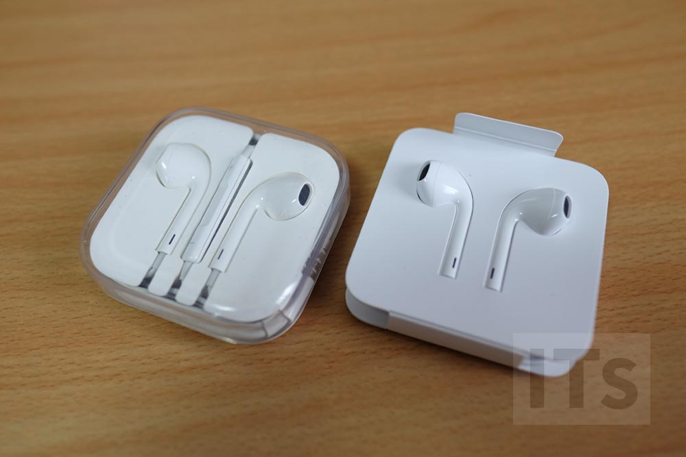 iPhone7 イヤホンケース