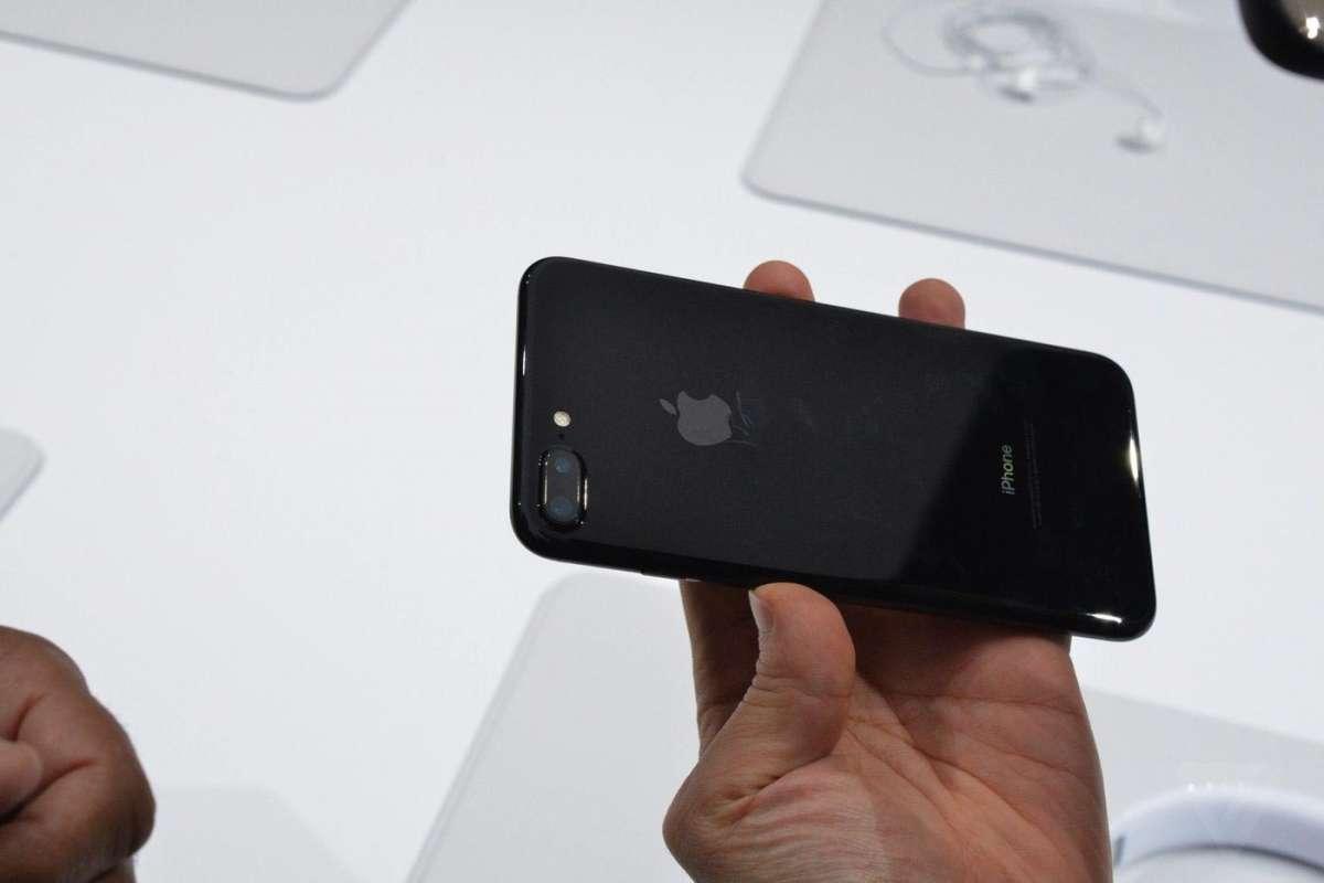 iPhone7 Plus ジェットブラック 傷