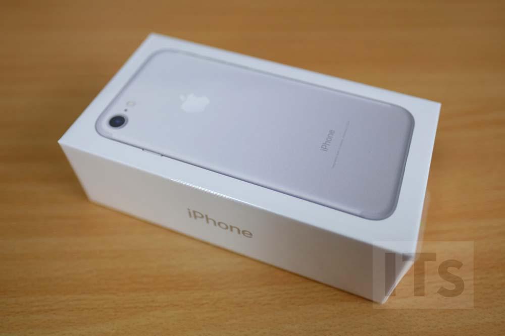 iPhone7 パッケージ