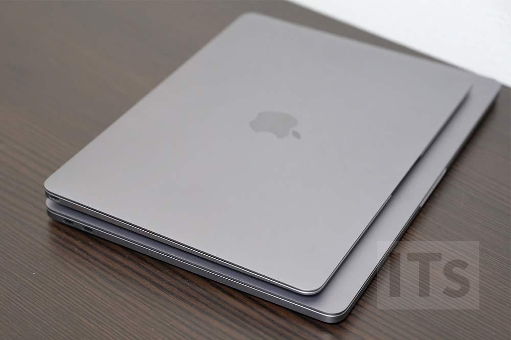 13インチMacBook Proと12インチMacBook サイズの比較2