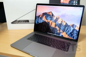 15インチMacBook Pro Late 2016