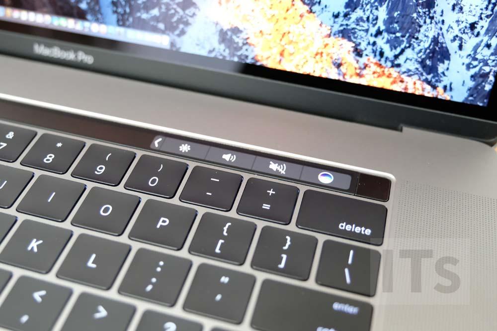 MacBook Pro Late 2016のタッチバー