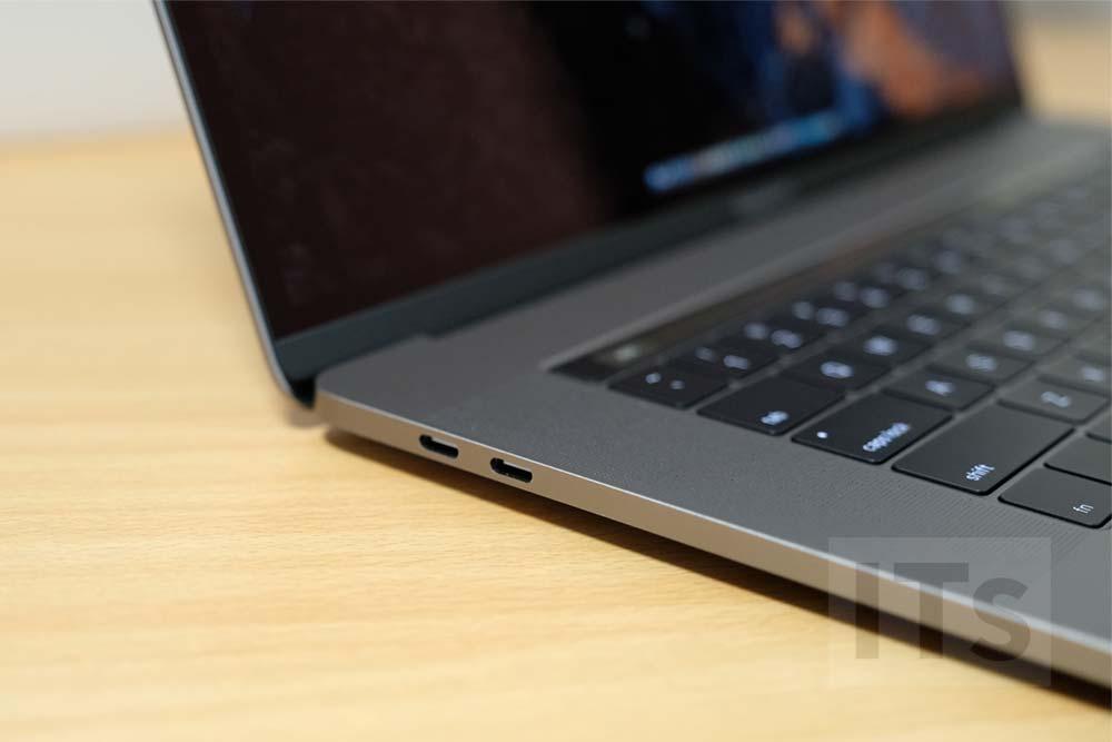 MacBook Pro 2016 左ポート