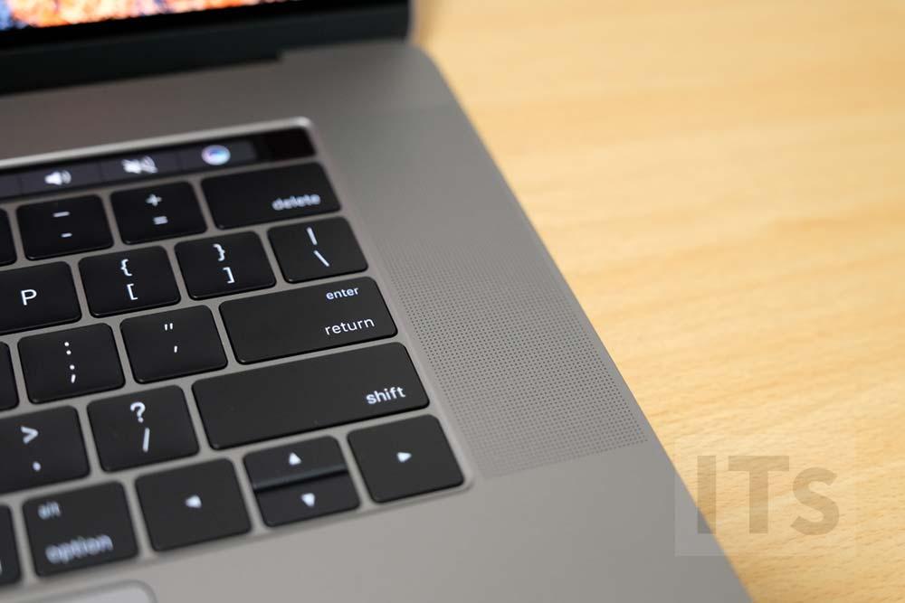 MacBook Pro 2016 スピーカー