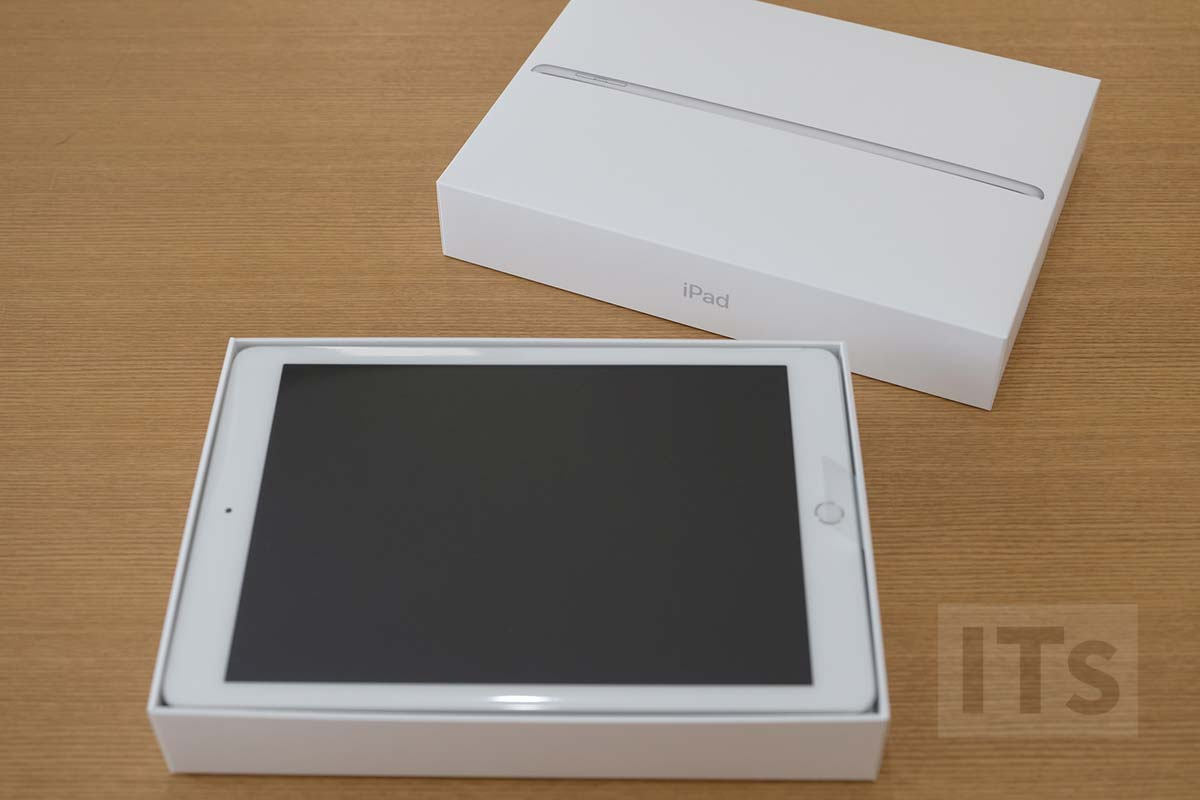 iPad 第5世代 開封