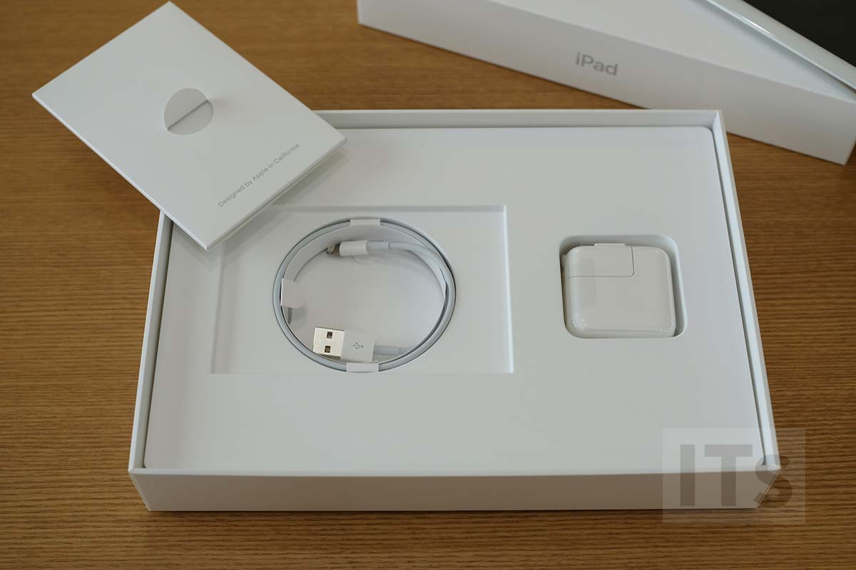 iPad 第5世代 付属品