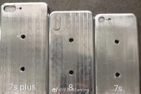 iPhone 8の金型