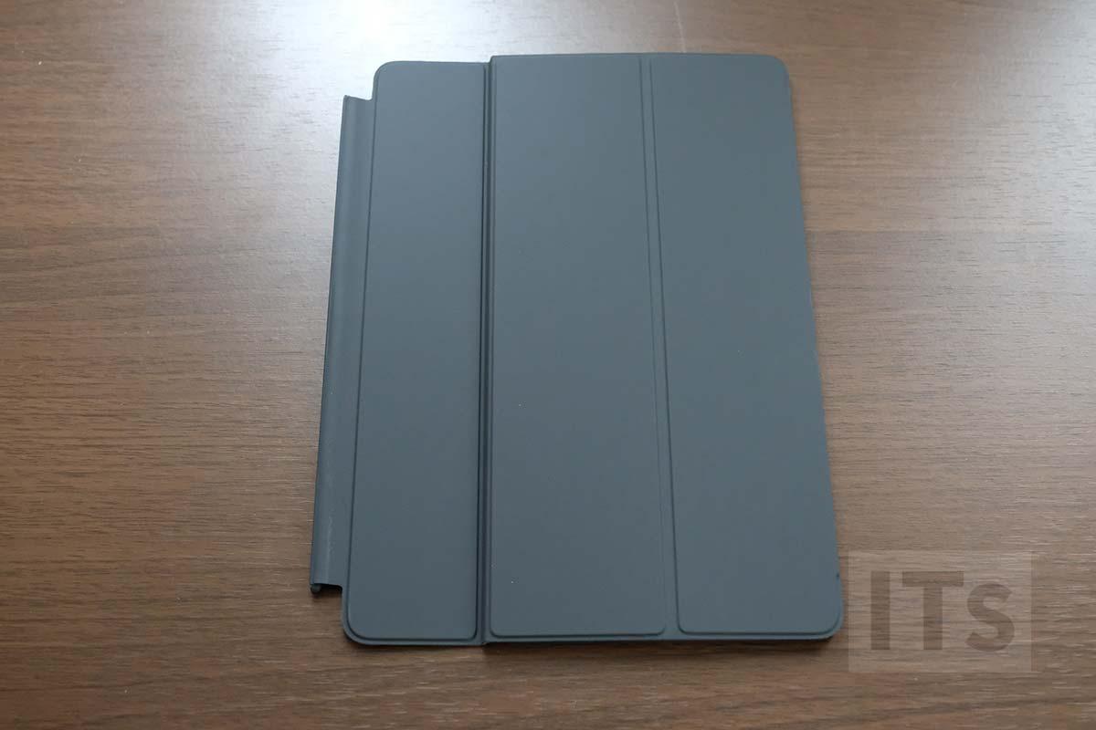 10.5インチ iPad Pro スマートキーボード  外観1