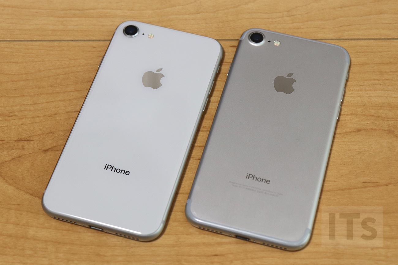 iPhone 8 vs iPhone 7 背面パネル
