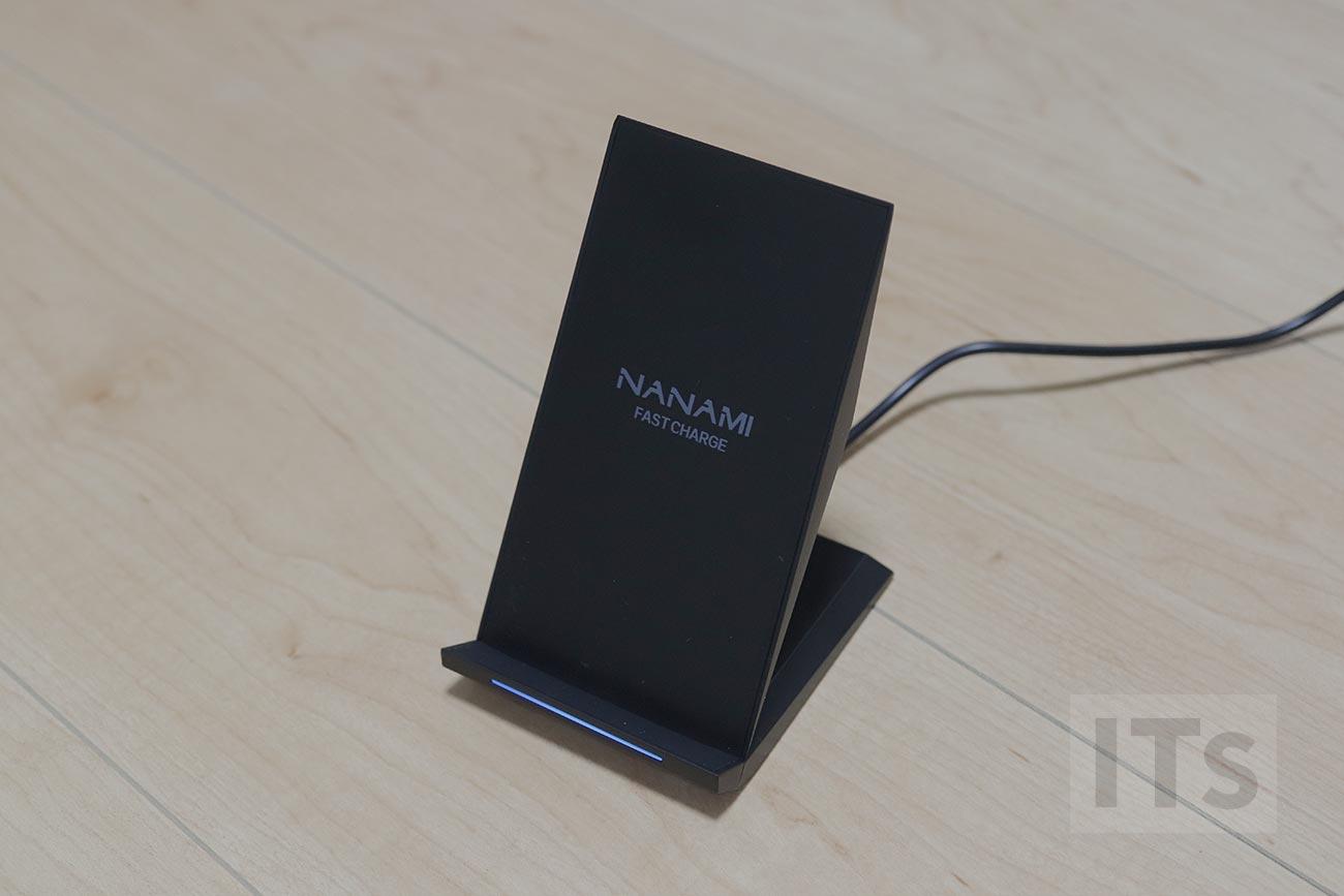 iPhone 8対応のワイヤレス充電器 NANAMI