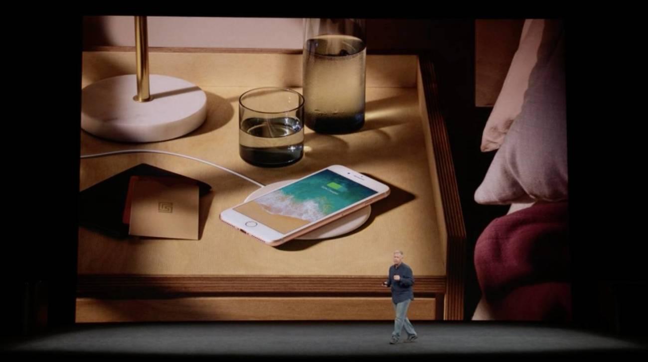 ワイヤレス充電 iPhone8