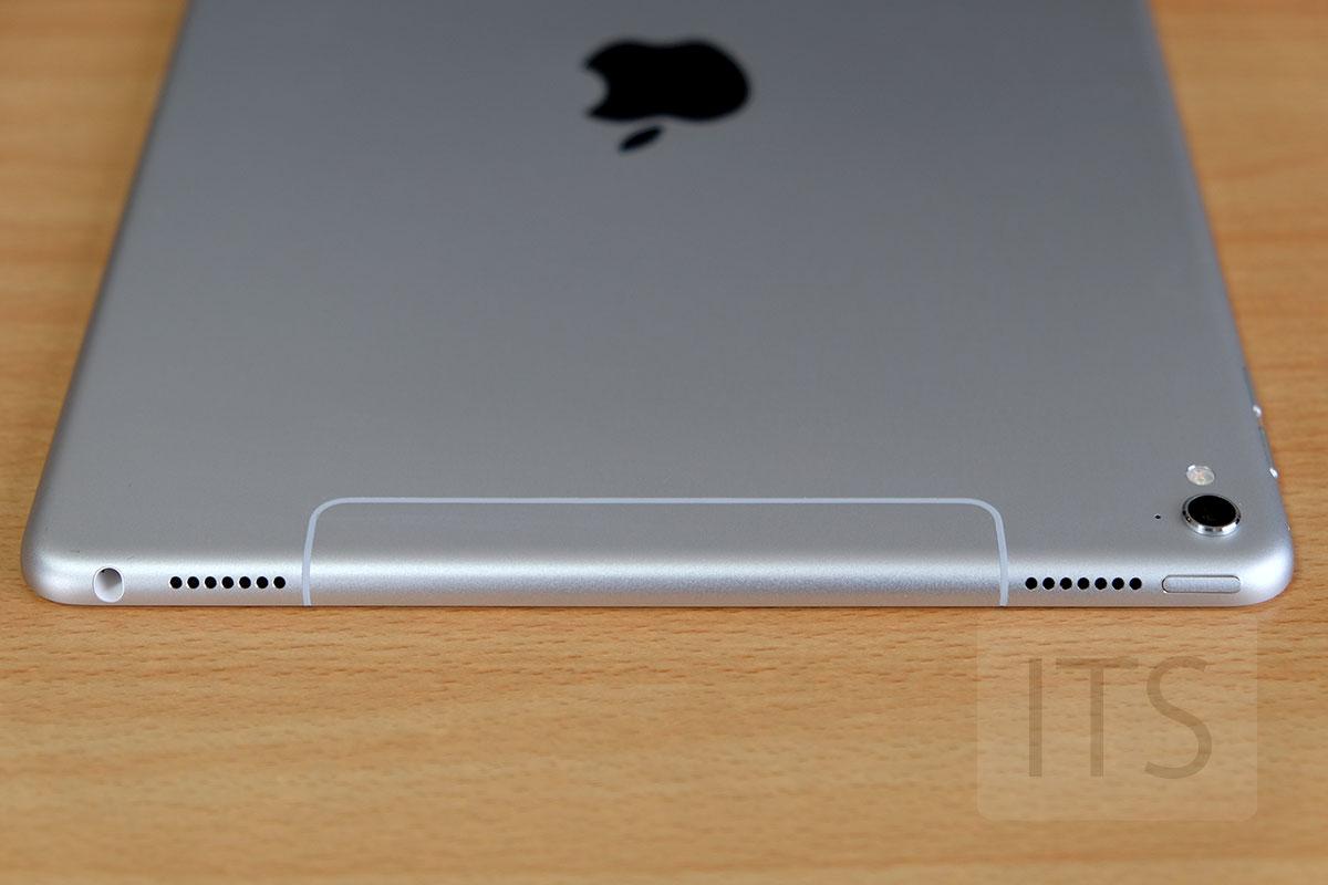 9.7インチ iPad Pro LTEモデル