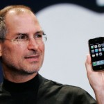 Steve-Jobs-iPhone-640x480.jpg