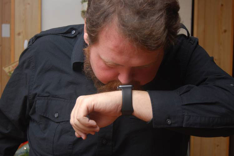 Apple Watchを鼻で操作