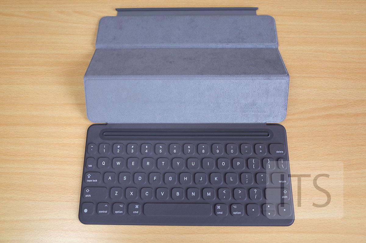 9.7インチSmart Keyboard キーボード部分