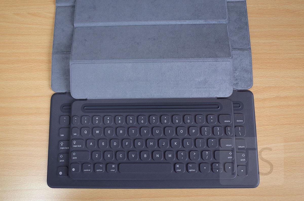 9.7インチ 12.9インチ Smart Keyboard 比較