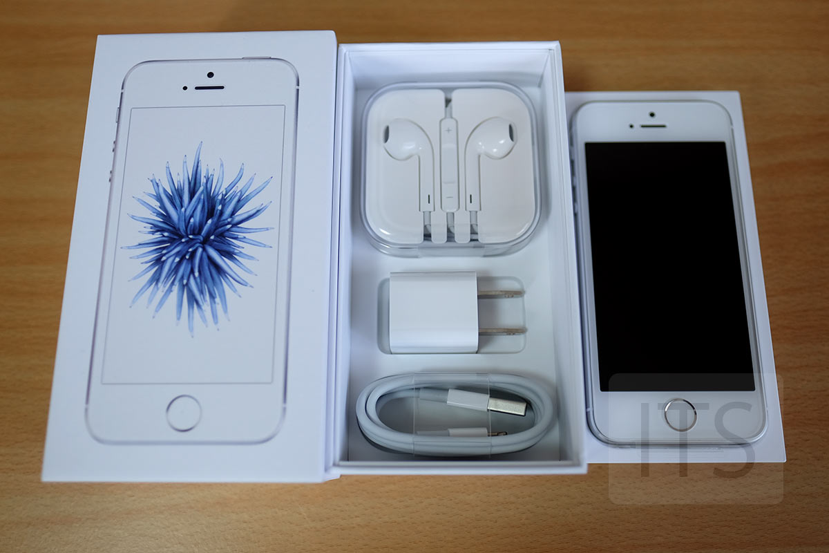 iPhone SE 付属品