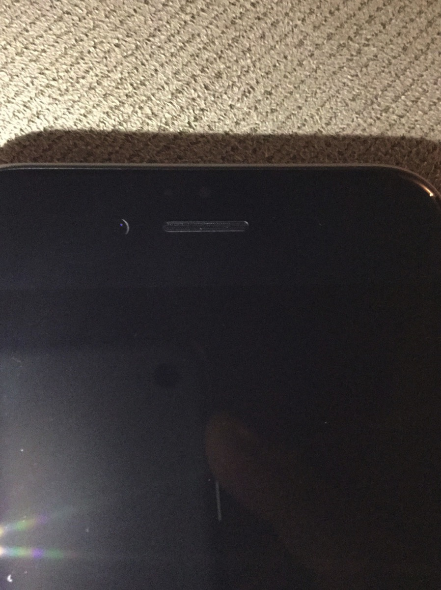 iphone6hrontcamera.jpg