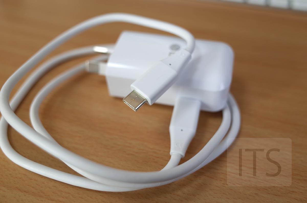 USB-C 電源アダプタ