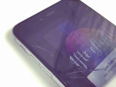 Iphone 6 ディスプレイ割れ